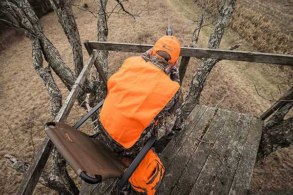 22 Common Hunting Accessories List Which You Need For Any Kind of Hunting